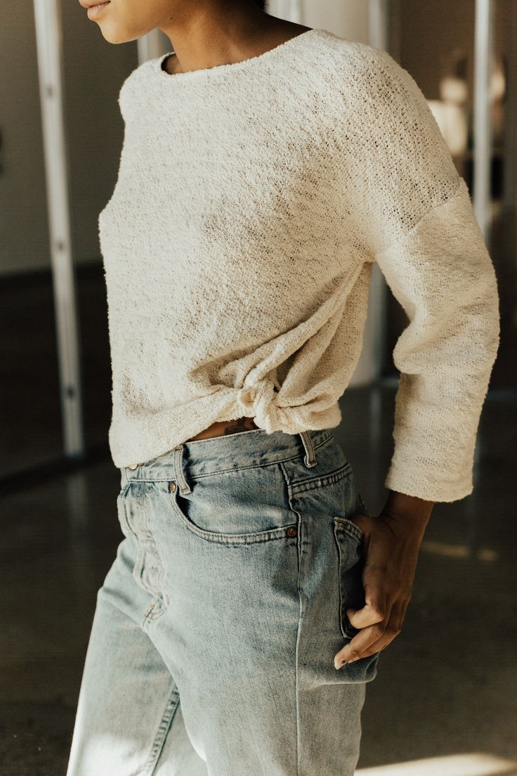 Hackwith Design House sweater featuring 3/4 sleeves, a drop shoulder, and subtle side slits that give you the option to knot. Great transitional piece for fall and winter. #streetstyle #winter #fall #sweaters #winterwhites