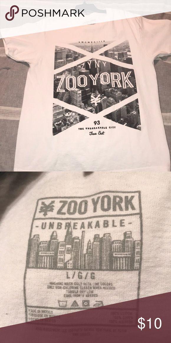 Zooyork t-shirt Never worn too big Zoo York Shirts Tees - Short Sleeve
