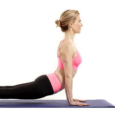 Want toned shoulders, biceps and triceps? Flow through this 5-minute routine.| Health.com