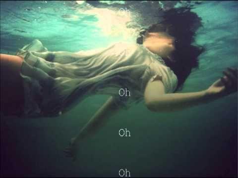 Ellie Goulding - Dead In The Water Lyrics Sighhhhhhhhhhhhhhhhhhhh this always makes my feelers feel.