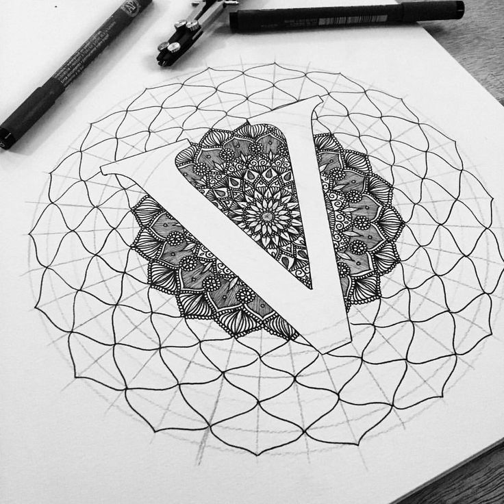 """V"" ✨ time for bed! 1am  #lettering #mandala #zentangle"