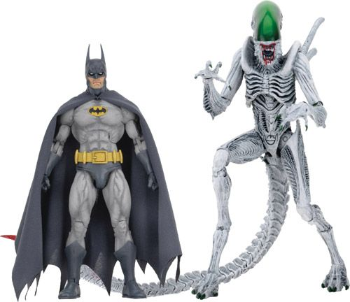 ToyChestnews | Action Figure and Collectible Toy News, Release Dates and More - NECA's Comic Book Mash-Ups Begin With Batman vs. Alien