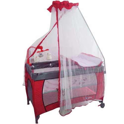www.bebekdunyasi.com.tr Mirada 2020 Cibinlikli Oyun Parkı 60x120 Doğumdan itibaren kullanılabilir Sallanabilir Müzik, titreşim özellikli ayıcıklı lüks dönence Alt değiştirme ünitesi Tekerlekleri sayesinde kolay yer değiştirme imkanı Bebeğin parka girip çıkmasını sağlayan fermuarlı bir pencere Katlandığında çanta şeklinde taşıyabilme Uyku, oyun ve alt değiştirme kullanım olanakları