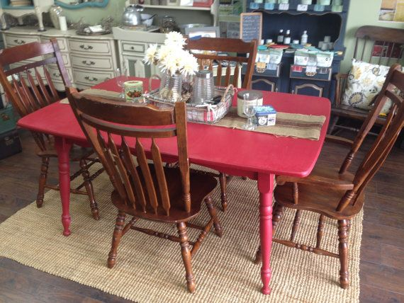 This Is A Delightful County Cottage Kitchen Or Dining Table Set Of 5 Pieces