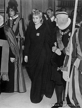 Eva Peron received at the Vatican. 1947