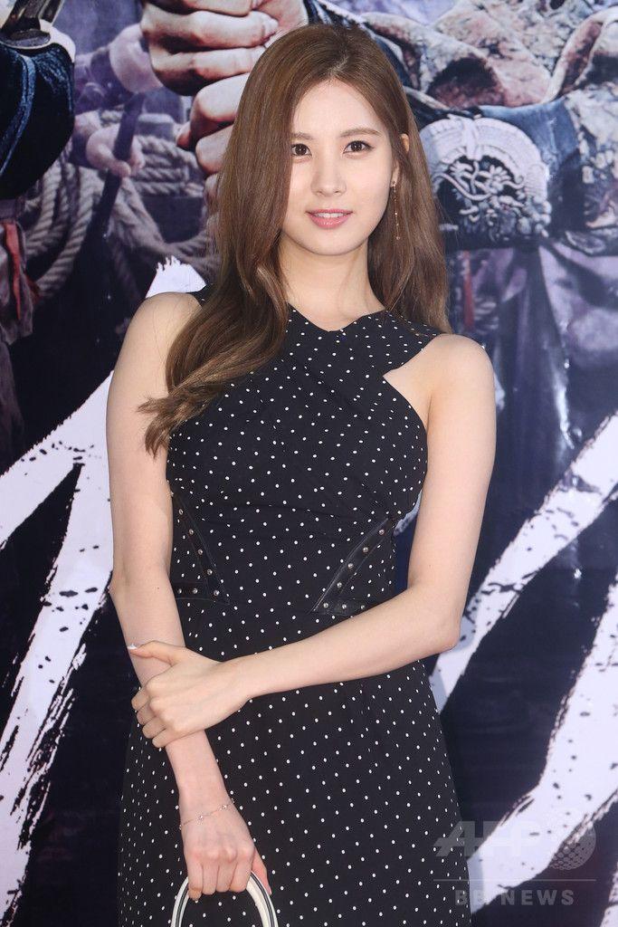 韓国・ソウル(Seoul)で行われた映画『海賊:海に行った山賊(英題、Pirates)』のVIP試写会に出席した、ガールズグループ「少女時代(Girls' Generation、SNSD)」のソヒョン(Seohyun、2014年7月29日撮影)。(c)STARNEWS ▼4Aug2014AFP 映画『海賊』VIP試写会、東方神起ユンホや少女時代ユナなどが出席 http://www.afpbb.com/articles/-/3022031 #SNSD_Seohyun #Girls_Generation_Seohyun #소녀시대_서현 #Seo_Joo_hyun #서주현 #徐朱玄