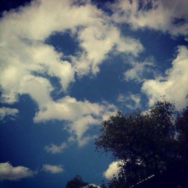 Se vienen las #nubes ☁☔? #cloud #pronostico #tiempo #clima #frio #primavera #cielo #lluvia #sol