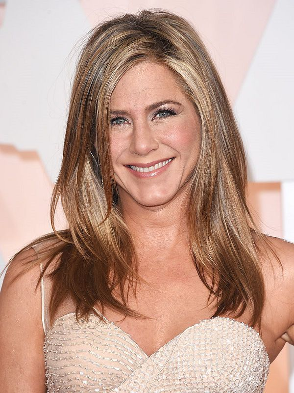 Jennifer Aniston Height, Weight Body Measurements and Wikis