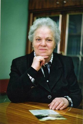 В.Н.Махова, заслуженный работник культуры РФ, директор централизованной библиотечной системы г. Арзамаса с 1975 по 2002 год