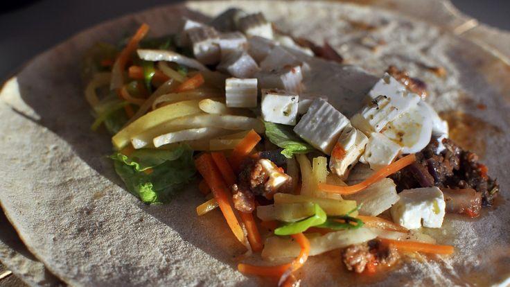 Taco med norske grønnsaker og krydder som timian og rosmarin. Men selvfølgelig også hvitløk og chilipepper.