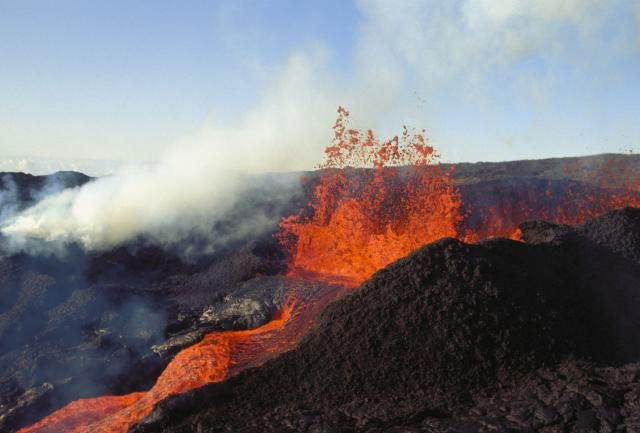 For 80 million years, a volcanic hot spot on the Pacific Plate has been releasing lava that has piled up as volcanic rock to form the Hawaiian Islands.