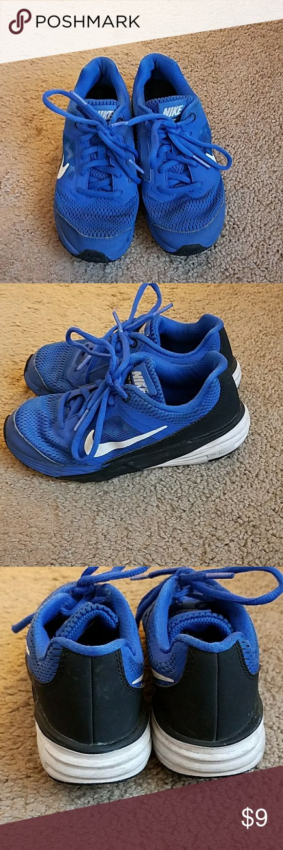 Nike Tri Fusion Run Boys Sneakers Size 13.5 Preloved Boys Nike Tri Fusion Sneakers Size 13.5 Blue, White, and Black. No tears, snags, or holes but signs of wear include dirt, and as shown the tri fusion wording on the side has mostly rubbed off Nike Shoes Sneakers