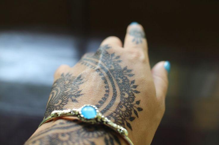 Henna For hand  #mehndi #mehndidesign #henna #hennadesign #hennatattoo #hennaart #mehndiart #mehendidesign #mehndidesignforhand #hennaforhand
