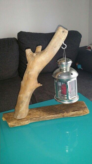 Support bois flotté Avec lanterne 30 euros