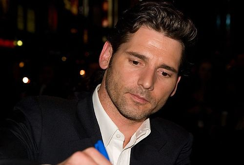Eric Bana signs   Taken on Wednesday September 12th at the T…   Flickr