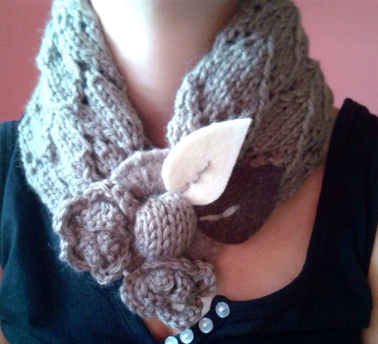 Wool flower scarf by TheArtofMakeDo on Etsy!!! Come and visit my shop!