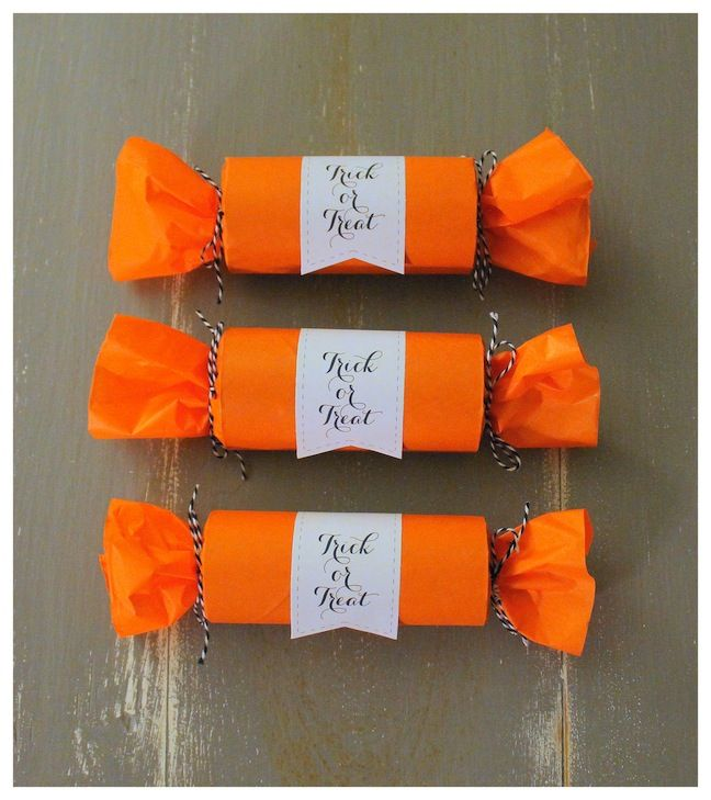 Linen, Lace, & Love: DIY Halloween Party Poppers