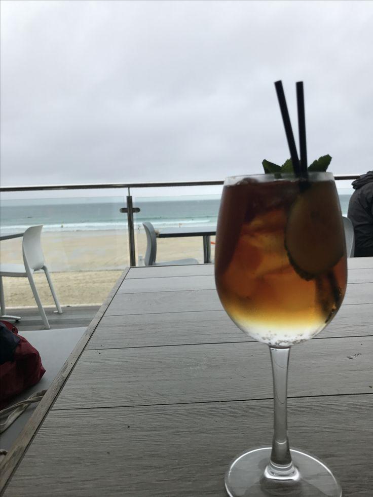 porthmeor cafe 🥂 (st ives, cornwall)  #stives #cornwall #porthmeor #cafe #restaurant #cocktails #pimms #drinks #birthday #celebrations #iPhone7 #england #beach #view