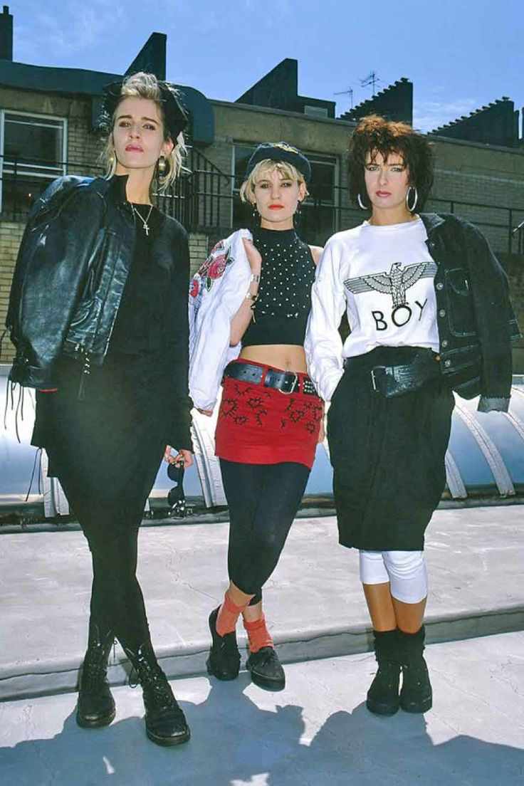 Bananarama — Keren Woodward, Sara Dallin & Siobhan Fahey. Great representation of new wave style. Ensemble
