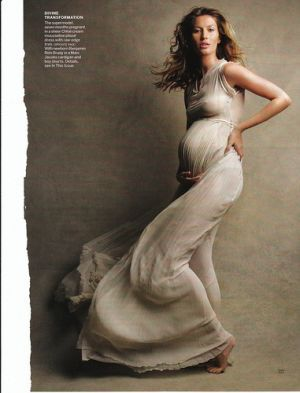 Celebrity maternity fashion - Gisele maternity editorial.jpg