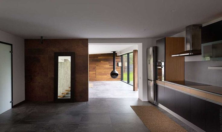 Beautiful Guest House by Azovskiy & Pahomova architects  http://mindsparklemag.com/design/beautiful-guest-house/