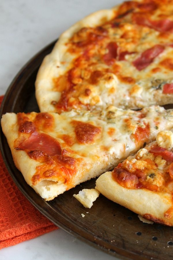 Blue Cheese Prosciutto Pizza   The Bitter Side of Sweet