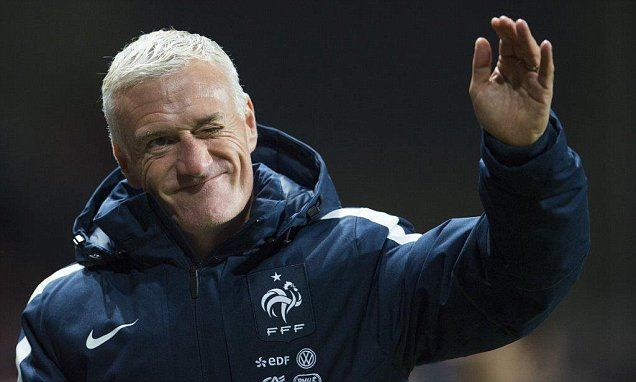 'Didier Deschamps doesn't know how to spell Chelsea!' France chief laughs off link as Euro 2016 hosts bid to keep hold of boss...