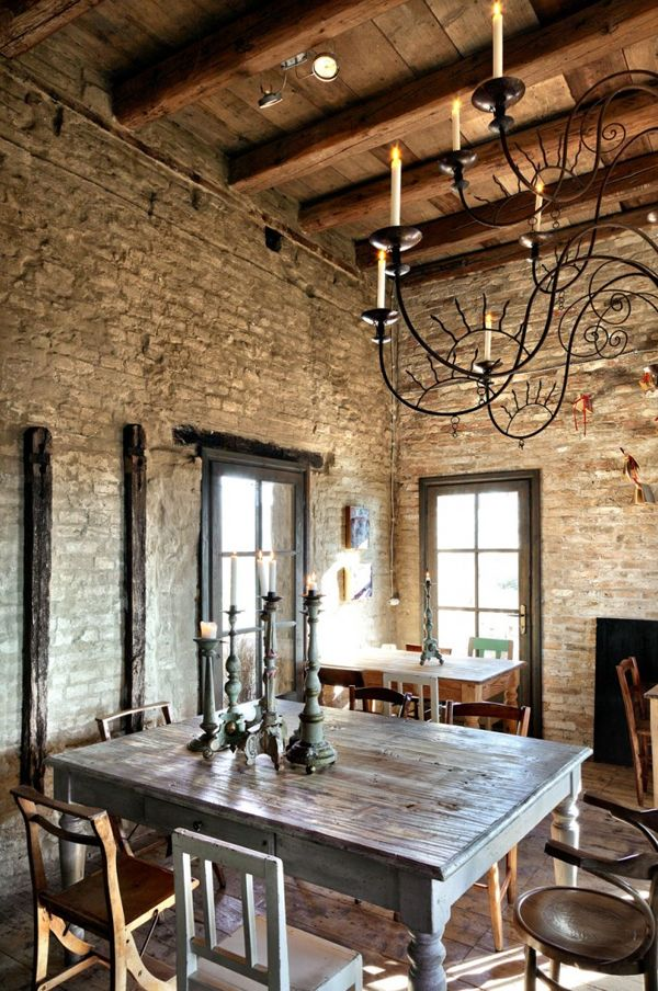 love the exposed brick and beams