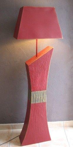 Lampe en carton de Marie K'rtonne : originale et design !