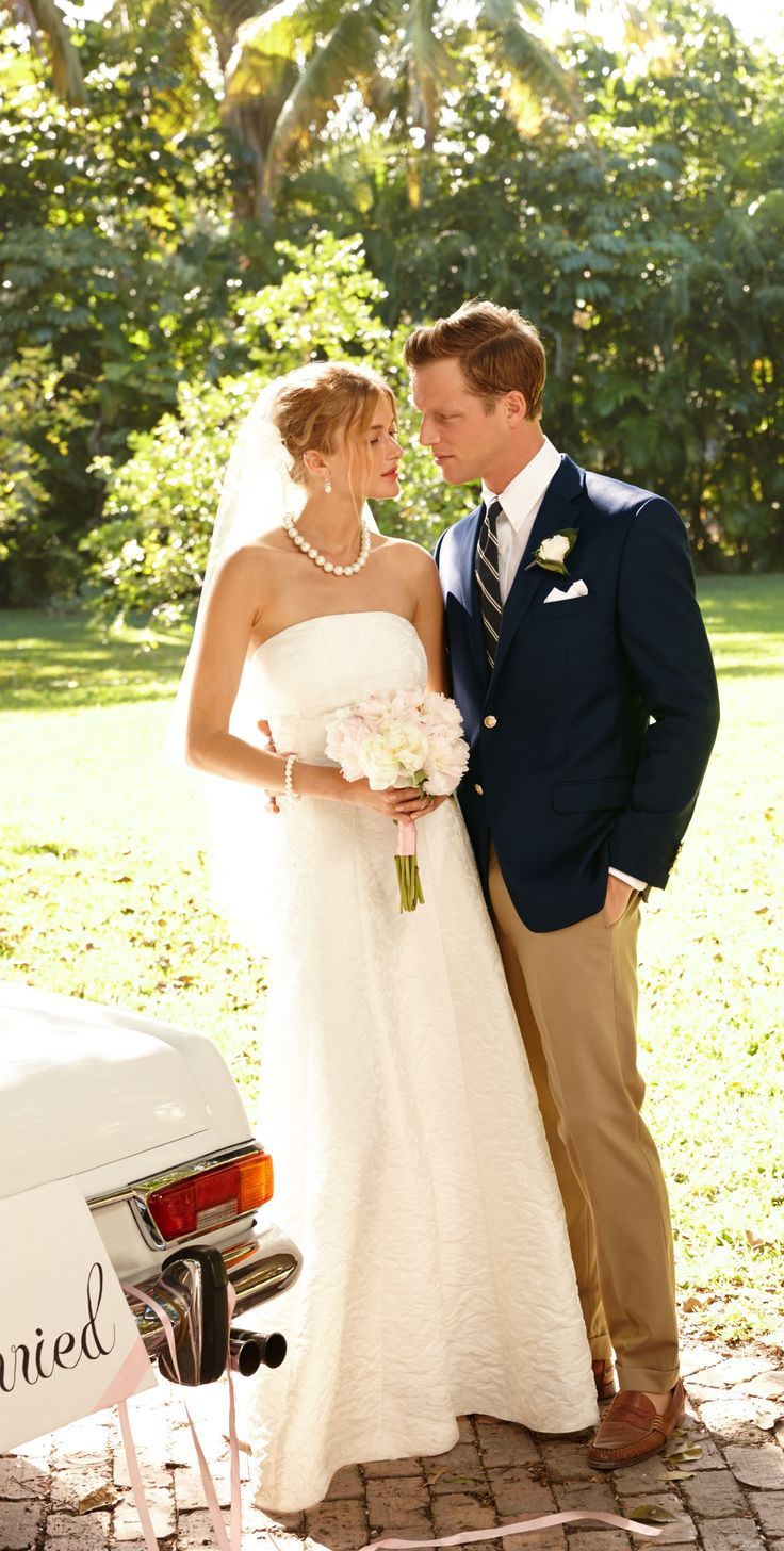 Men in Bridal Gowns – fashion dresses
