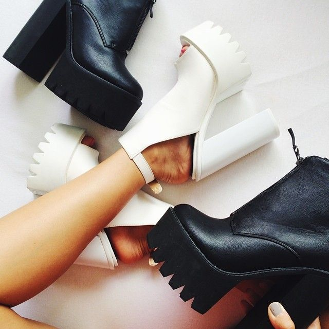 Platform Shoes Wedges High Heels Black White Fashion Curiouserlia