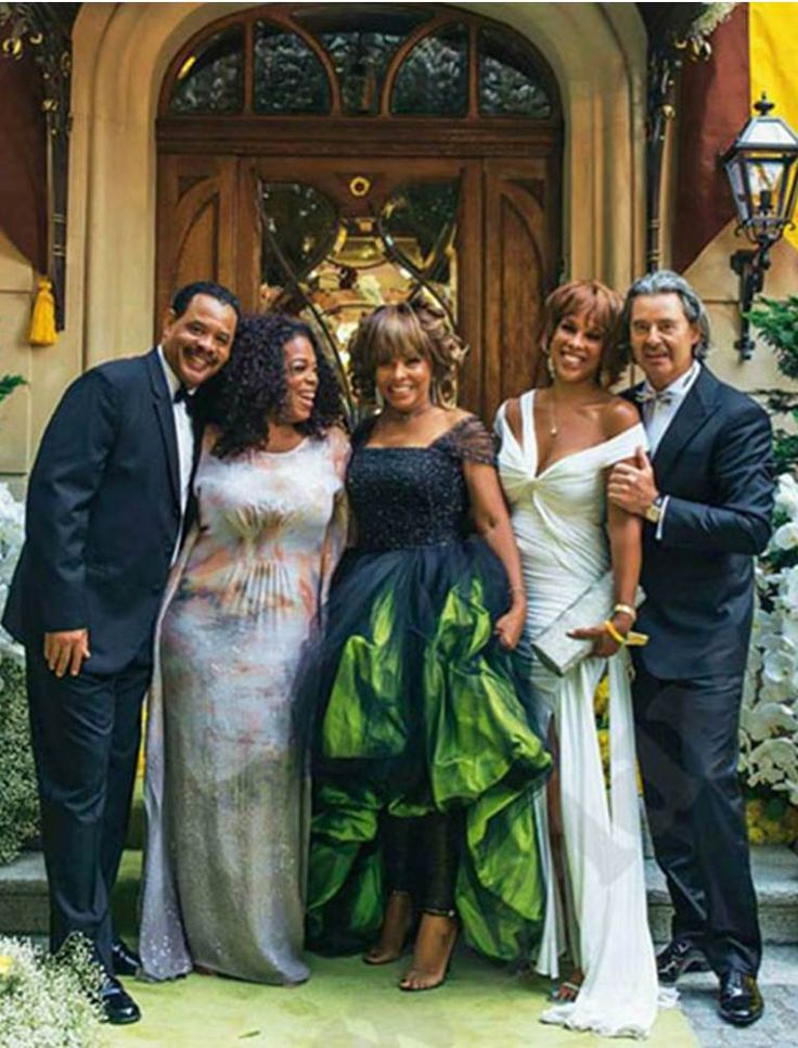 The Wedding Party And Yes That Is Oprah Gale