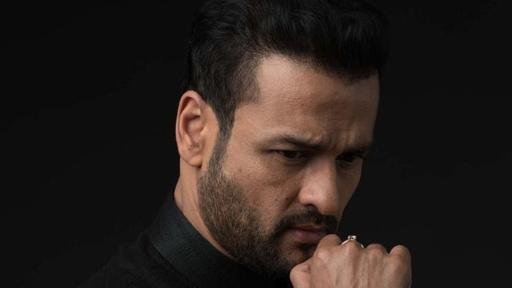 This is why Salman Khan called Rohit Roy a fat cow - Hindustan Times #FansnStars