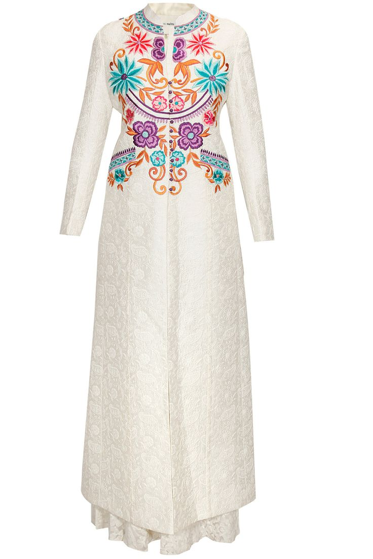 White floral embroidered jacket style kurta set by Krishna Mehta. Shop now: http://www.perniaspopupshop.com/designers/krishna-mehta #kurta #krishnamehta #shopnow #perniaspopupshop