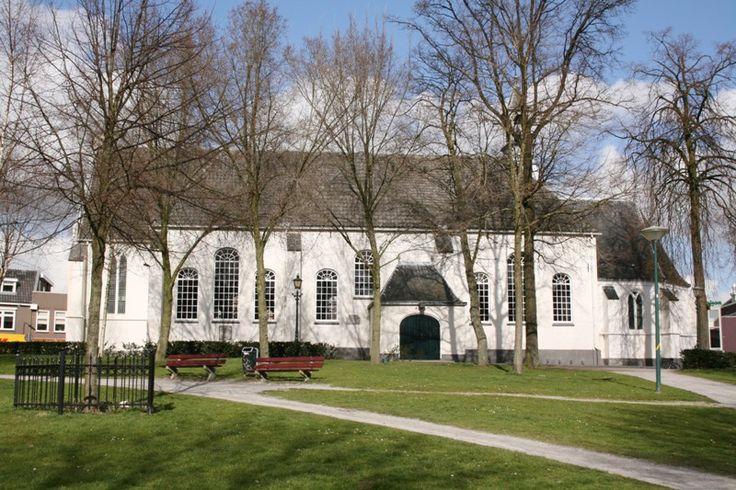 De oude kerk op de markt.