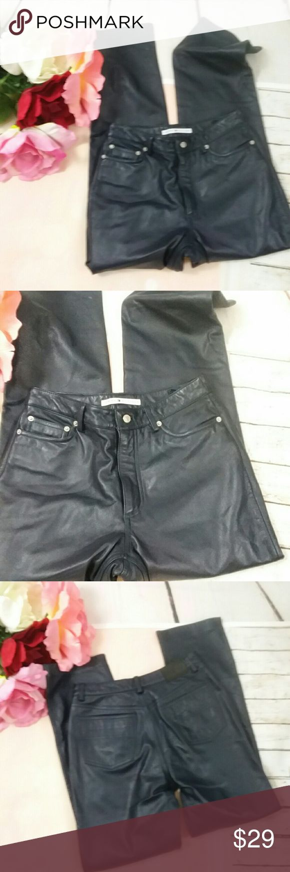 Ladies Tommy Hilfiger Black Leather Jeans Sz 6 This is a pair of ladies black leather Tommy Hilfiger jeans. They are line. They are ladies size 6. The waist is 28 in. The rise is 10 in. The inseam is 30 in. The area across the cuff of the pant measures 8 in. They are sold without stains or flaws. They are in great preowned condition Tommy Hilfiger Jeans Straight Leg