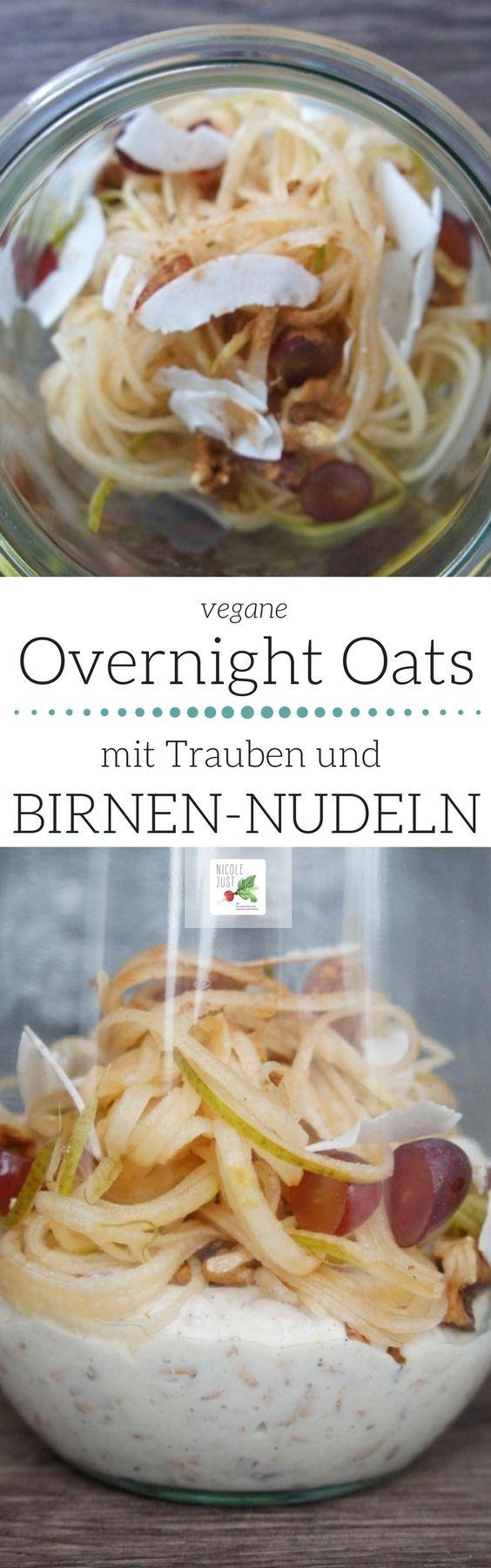 Overnight Oats - über Nacht eingeweichte Haferflocken und Birnen-Nudeln. Das Rezept zeigt, dass nicht nur Gemüse im Spiralschneider landen muss. | Rezept-Kategorie: gesund, vegan | Frühstücksrezepte