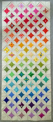 Cathedral Windows table runner - Diary of a Quilt Maven