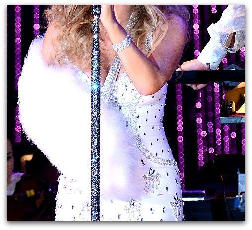 Mariah Carey Rocks Designer Arm Slings: Photos