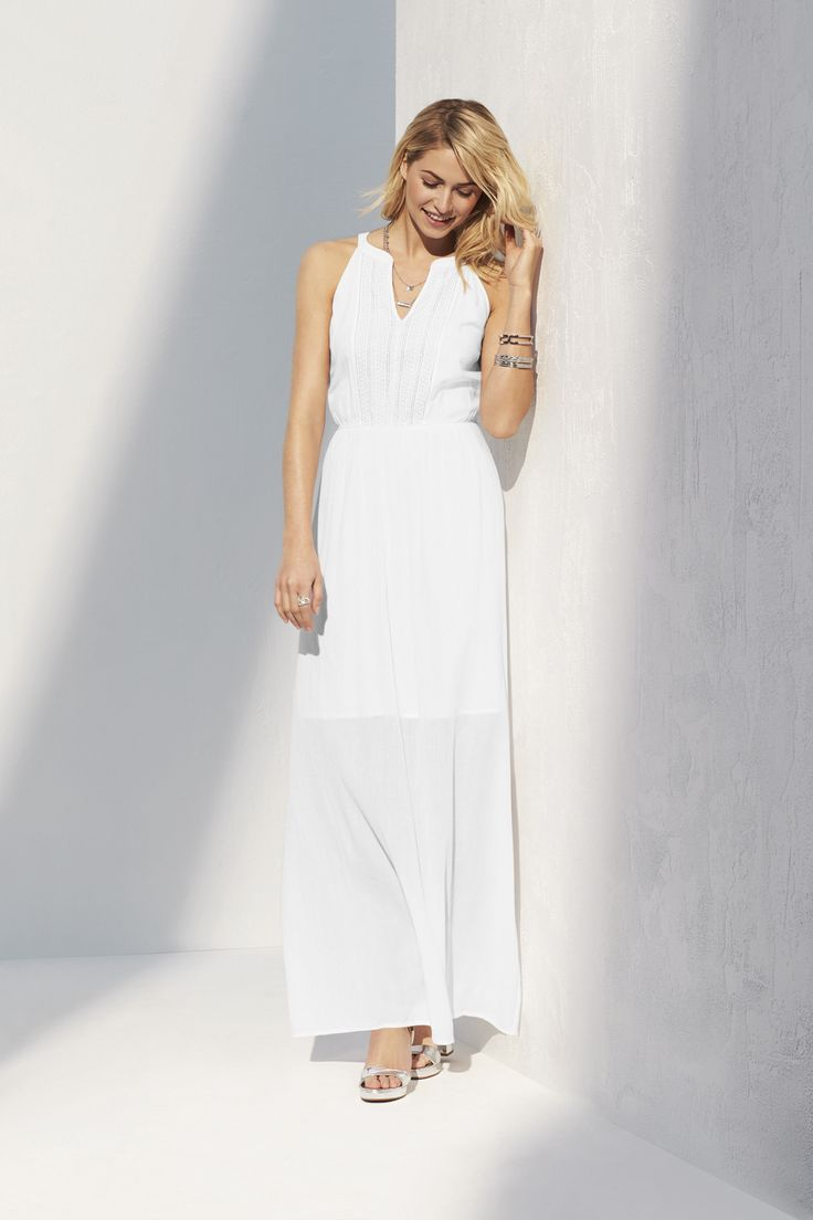 From dusk to dawn, this little white maxi has you covered.