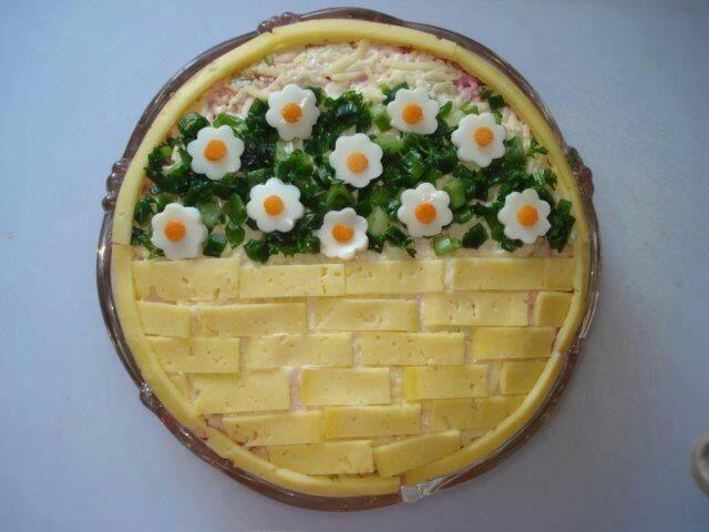 Decorazione per insalata russa o di riso
