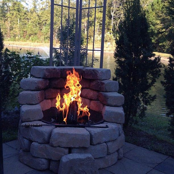 13 Top Fire Pit Ideas To Diy Or Buy Lots Of Pro Tips Fire Pit Backyard Backyard Fire Outdoor Remodel
