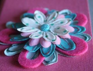 Layered felt flower: Flowers Crafts Ideas, Layered Flowers, Flowers Craftidea, Layered Felt, Paper Flowers, Feelings Crafty, Handmade Flowers, Felt Flowers, Flowers Tutorials