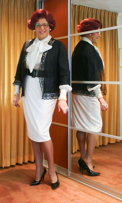 Mrs Wanda Nylon | Mrs Wanda Nylon - Tgirls, Dresses en ...