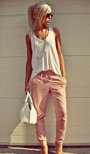 Ok love the colors and style. A little gutsy in the pant shape but I love it. I love the whole outfit.