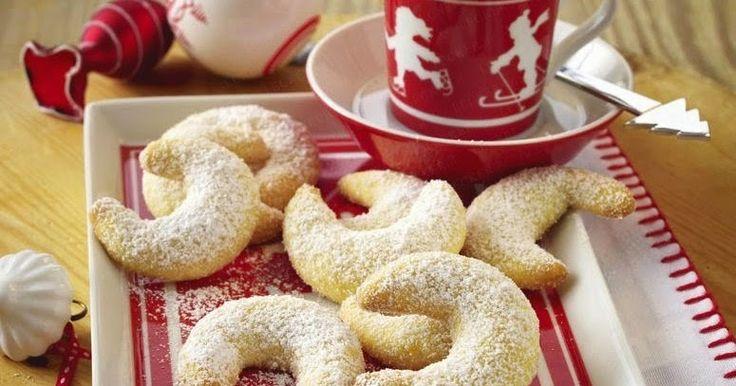 Кипферли – традиционное рождественское печенье в форме рогаликов популярное в Германии, Австрии, Чехии, Словакии и Болгарии.       Инг...