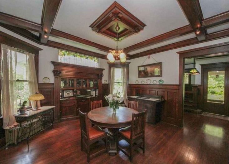 Historic 1910 Home In The Broadway District Interesting Leaded Glass Above China Cabinet Craftsman Style InteriorsBungalow InteriorsCraftsman
