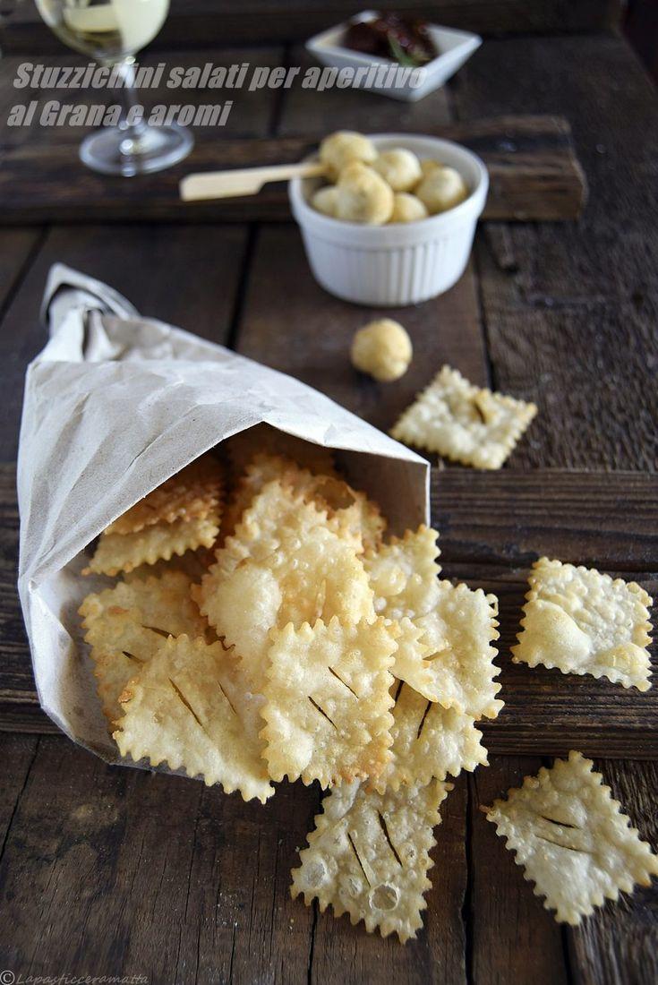 STUZZICHINI SALATI AL GRANA E AGLI AROMI, perfette e veloci per un aperitivo! RICETTA SUL MIO BLOG↓  http://blog.giallozafferano.it/lapasticceramatta/stuzzichini-salati-aperitivo-al-grana-aromi/