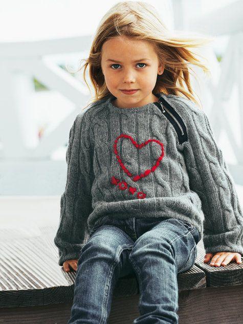 Girl's Zipper Pullover 10/2011
