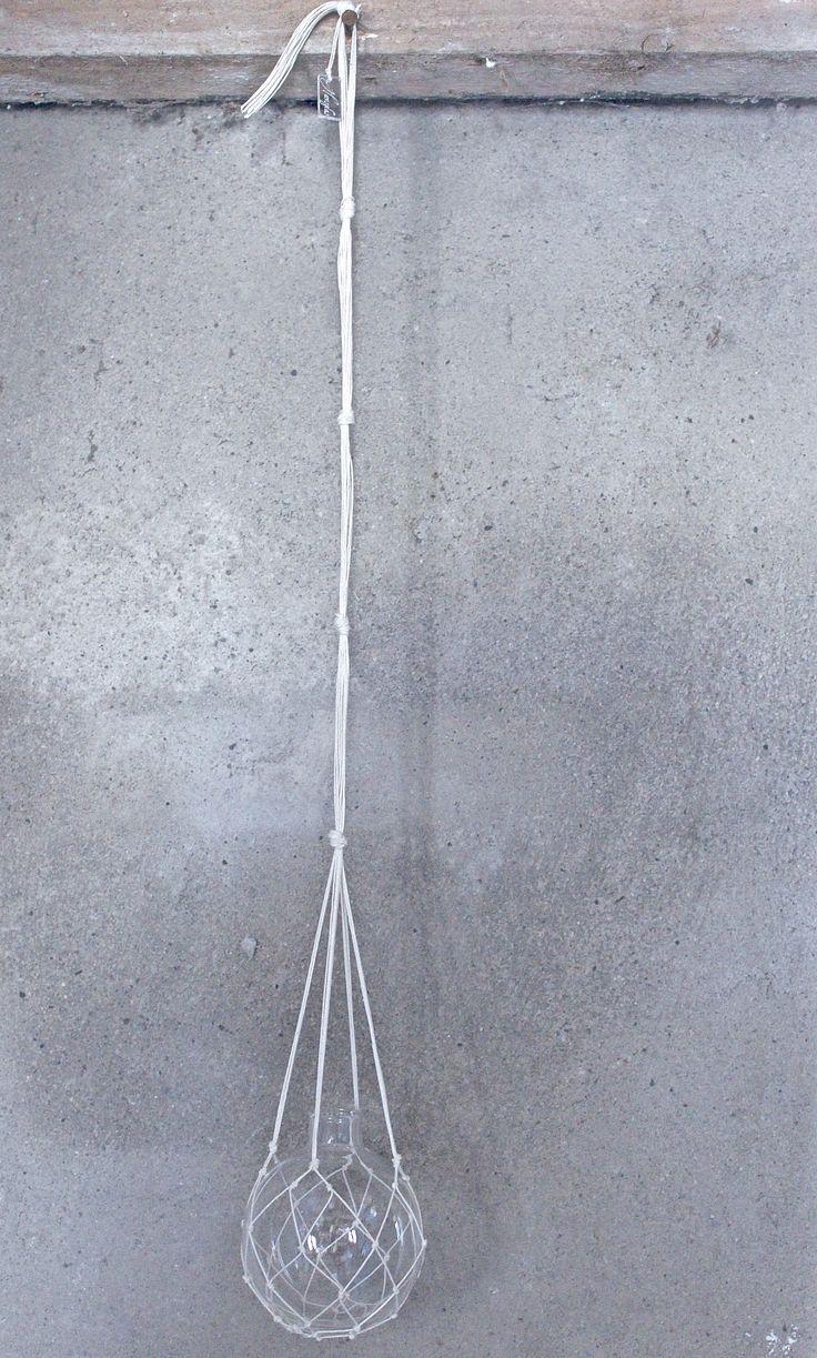 The Catch white - handmade hanging vase www.havsglas.se